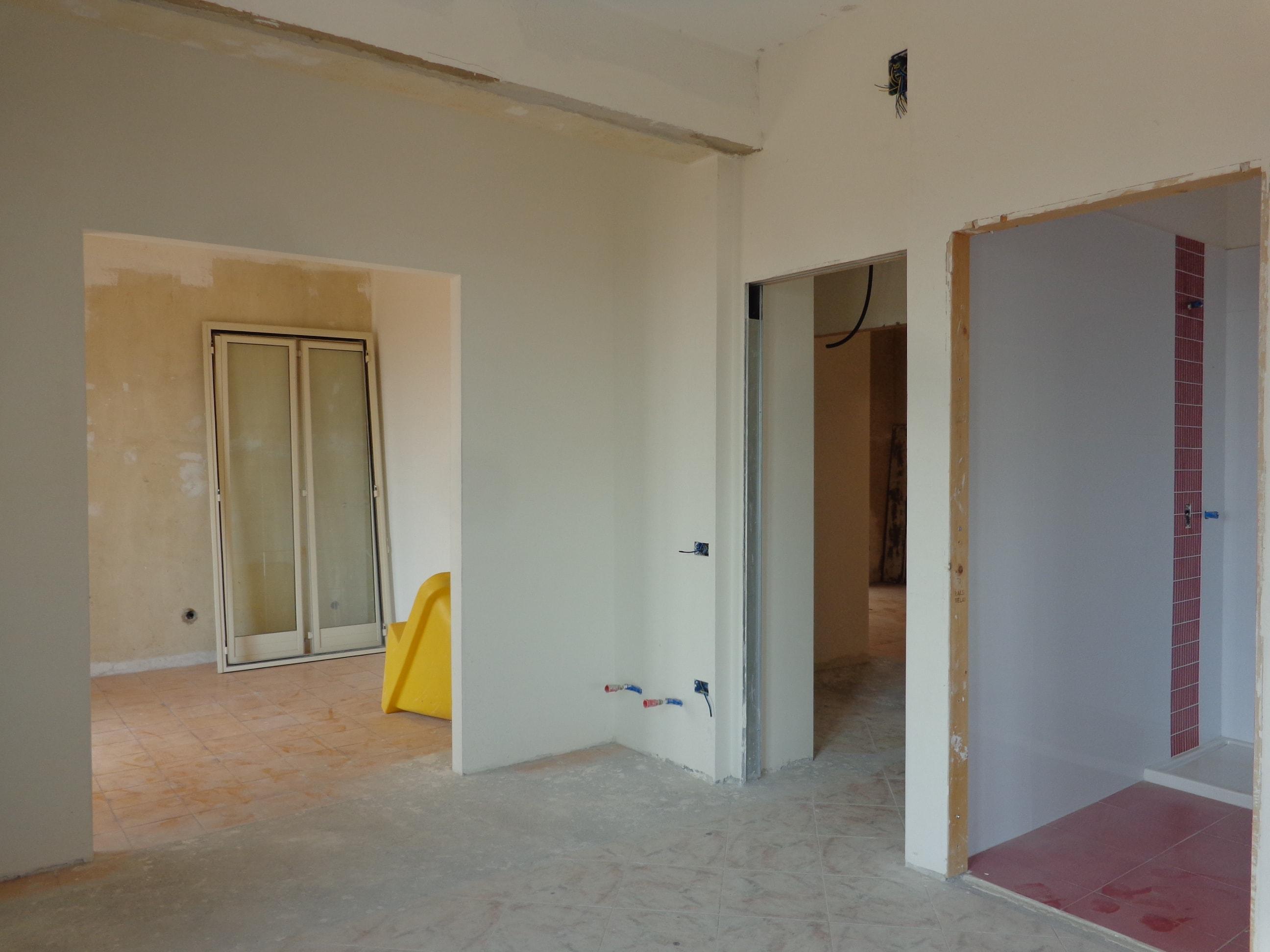 Gravina di Catania, Doppio appartamento da completare
