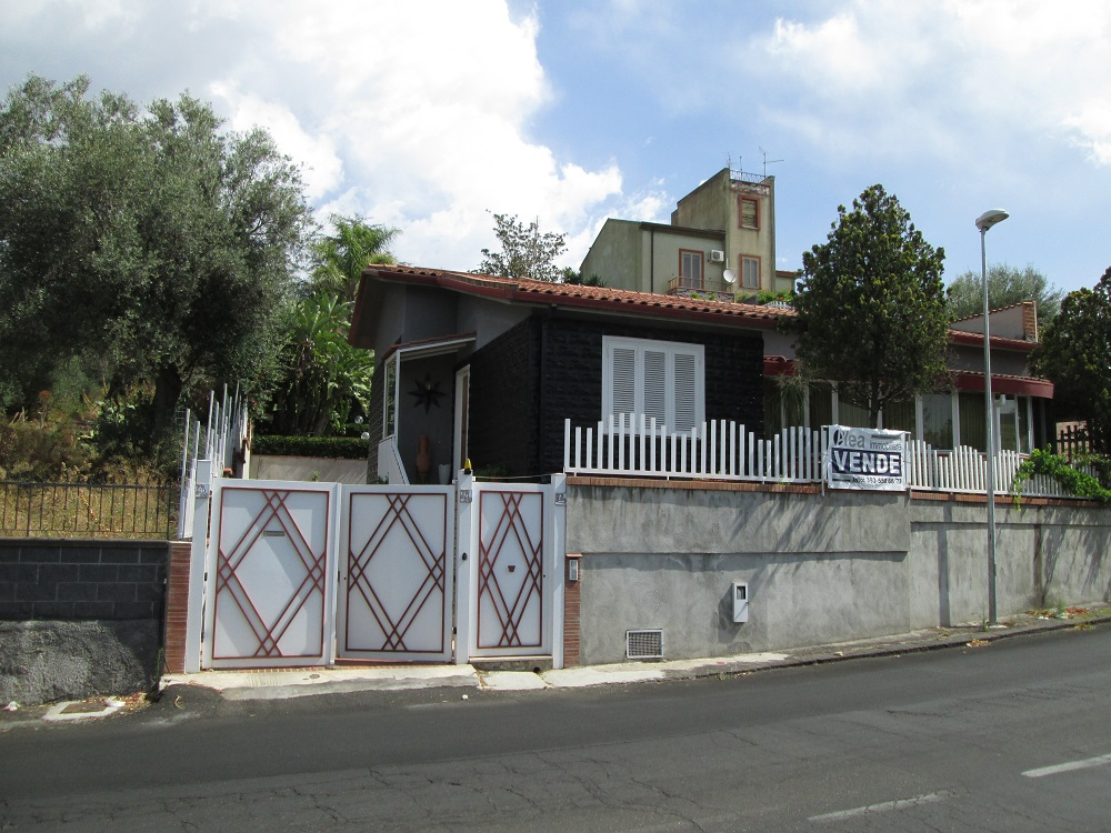 Sant'Agata li Battiati, Catania