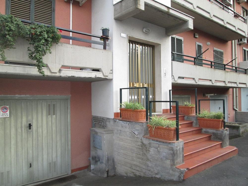Via Felice Paradiso ,Catania