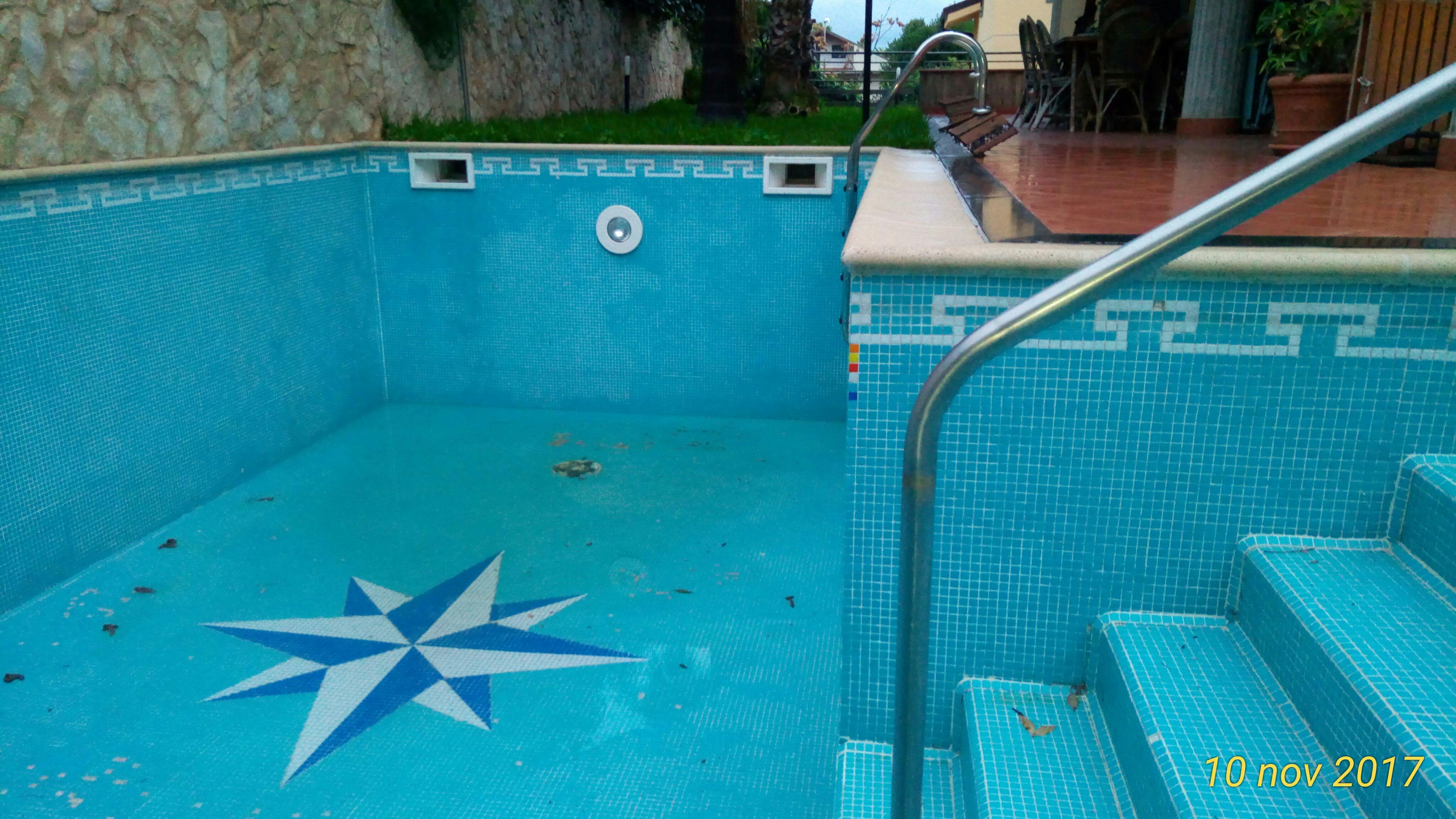 Zona Reitana , Villa di 360 mq con piscina
