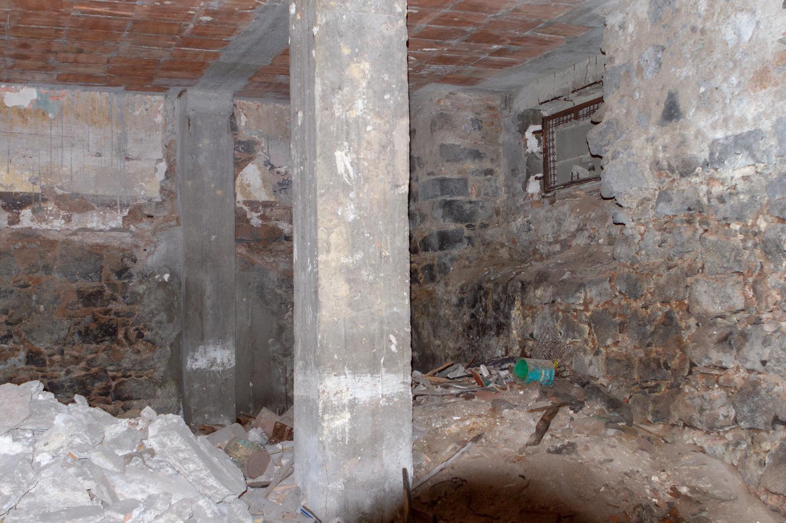 DEPOSITO /MAGAZZINO C/2 ,85 mq zona via plebiscito