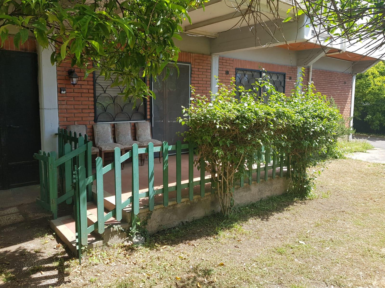 Canalicchio appartanvilla con ampio giardino e box